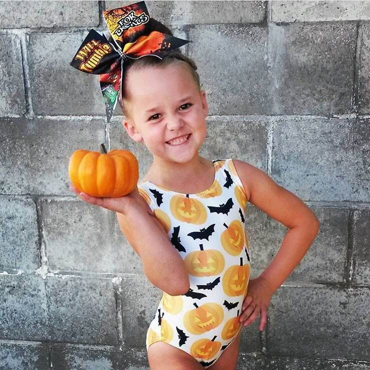 Chanelle is ready for Halloween in her Foxy Pumpkin Leotard!