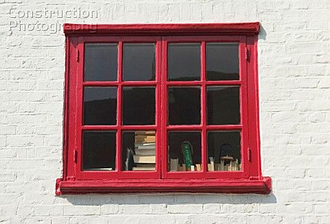 Red painted window frame | archITECTURE | Pinterest | Painted window ...