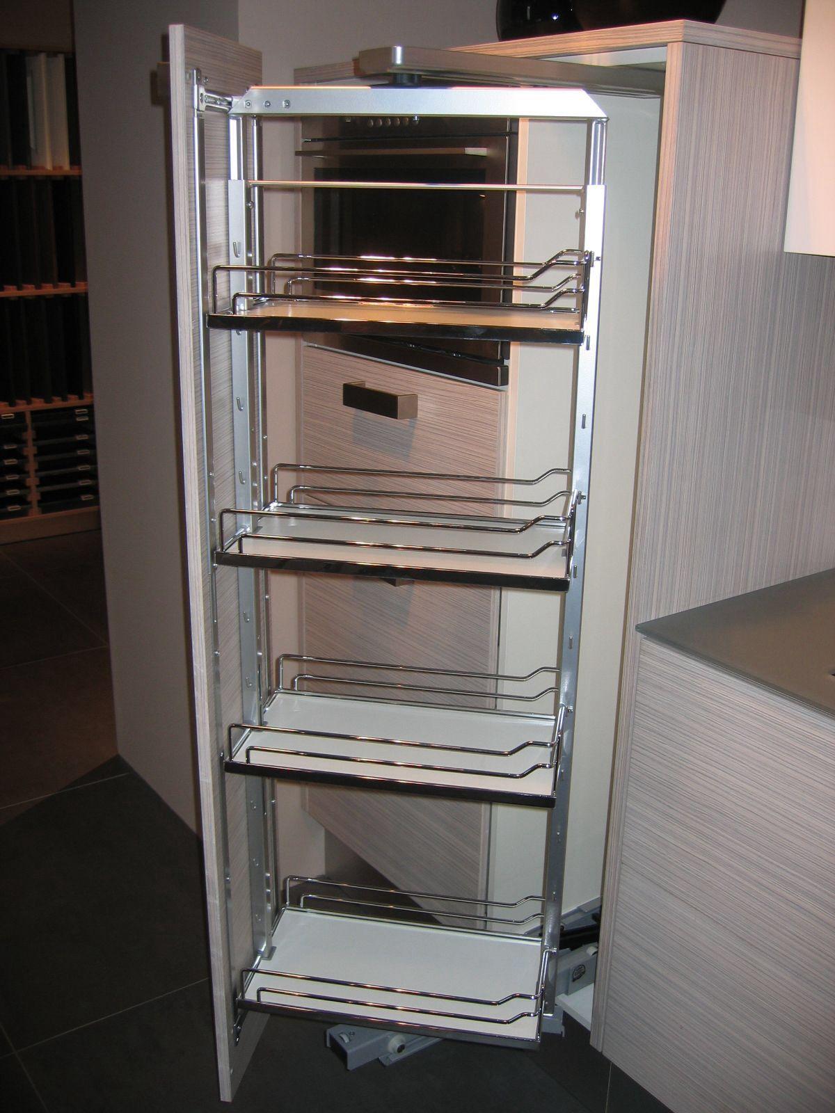 Apothekerskast Met Uitdraai Berging Keukens En Keuken
