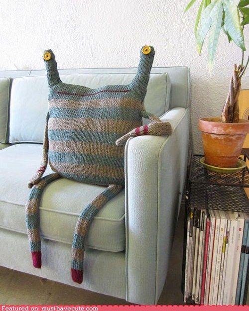 couch beast   I kinda want!!