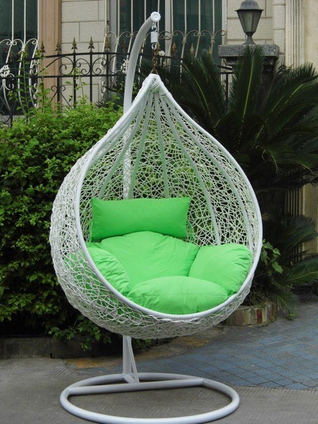 Superior Silla Blanca De Ratan Con Cojin Verde