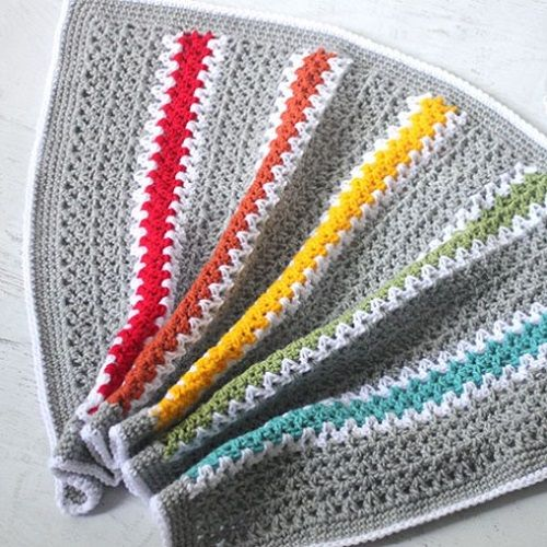 This easy-to-make crochet blanket works up fast and displays a nice zig-zag pattern, thanks to the v-stitch.