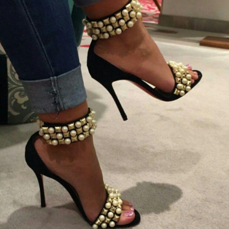 Pin de Telma Cristina em Louca por sapato | Sapatos, Botas