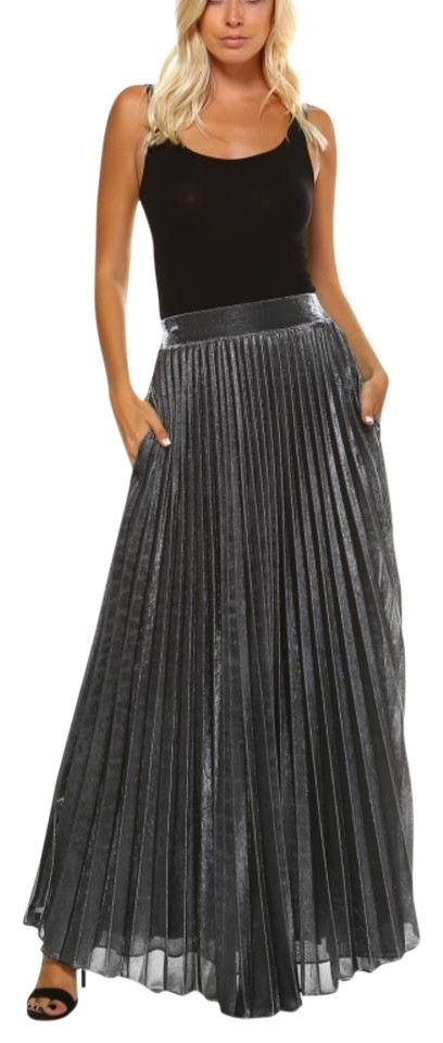 5f3f87ddb1 TOV Holy Multicolor Metallic Plated Pleated Skirt Size 14 (L, off retail. TOV  Holy Maxi Skirt Multicolor