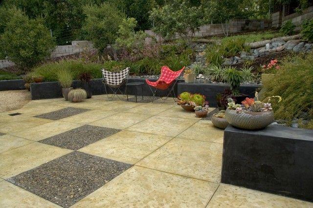 14-dark-stained-concrete-retaining-wall-ideas-slope-backyard-garden ...