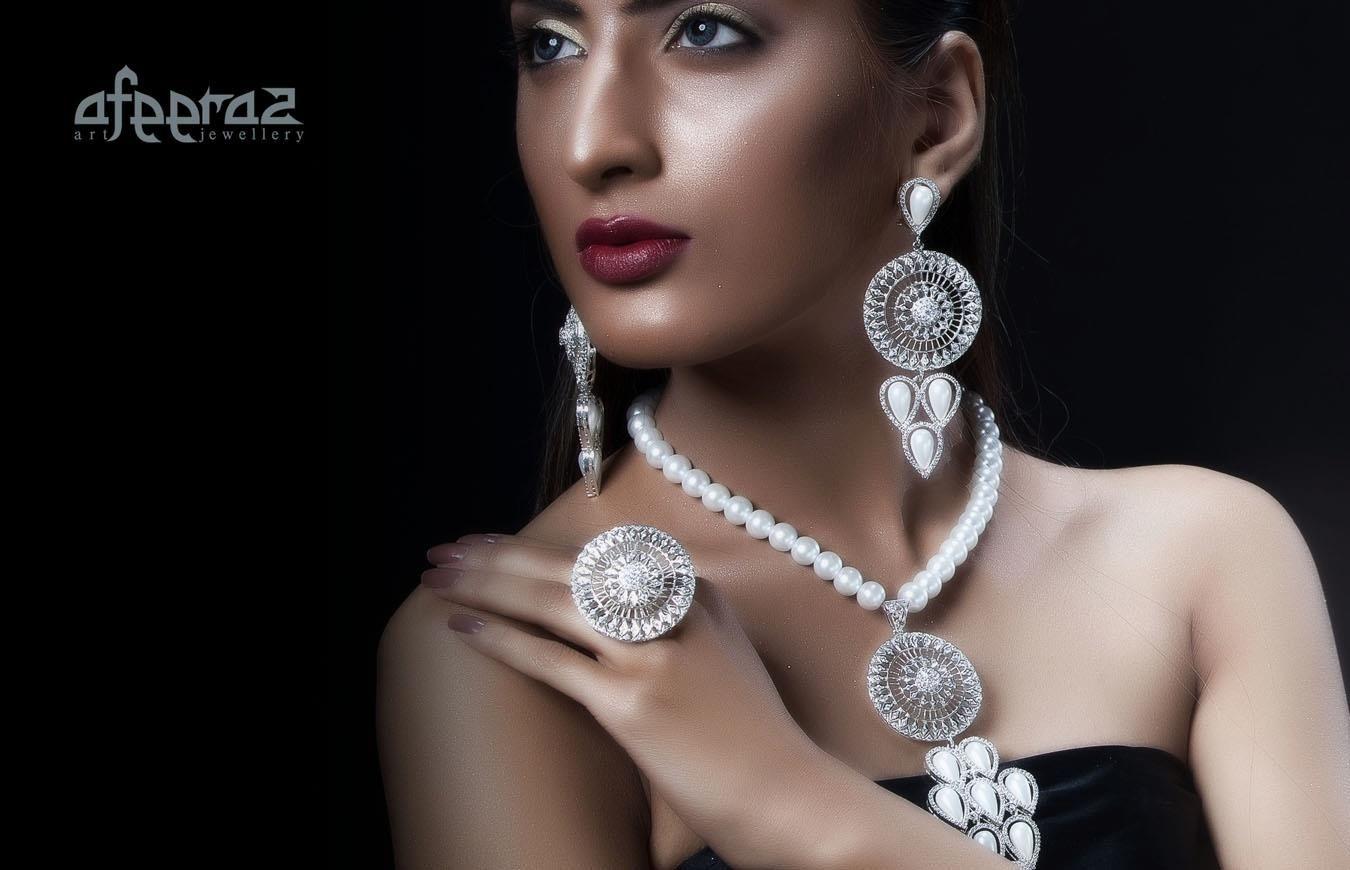 Gorgeous diamond jewelry by Aafeeraz