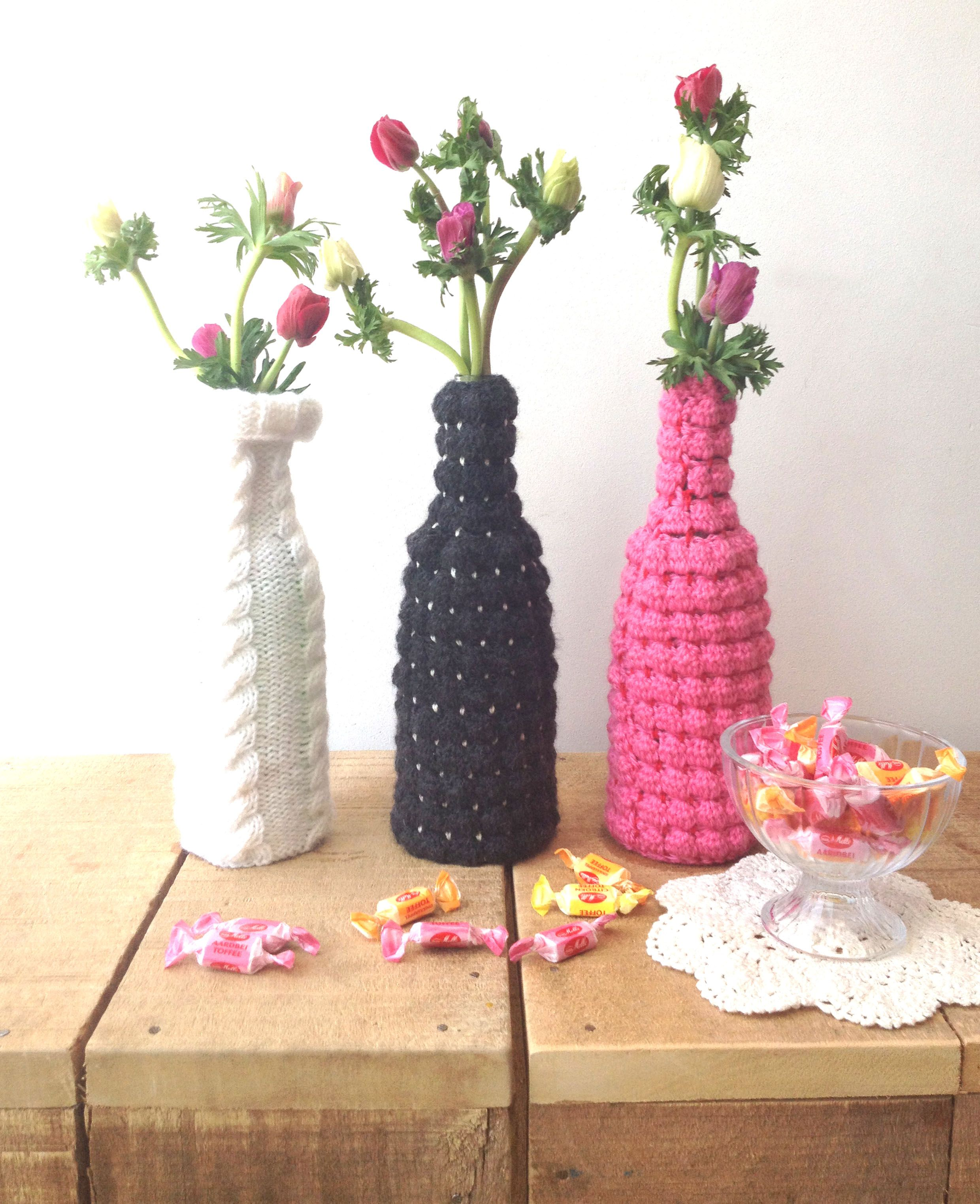 Crochet and knitted vase featured in Simply Breien magazin by http://jorineathome.blogspot.nl/