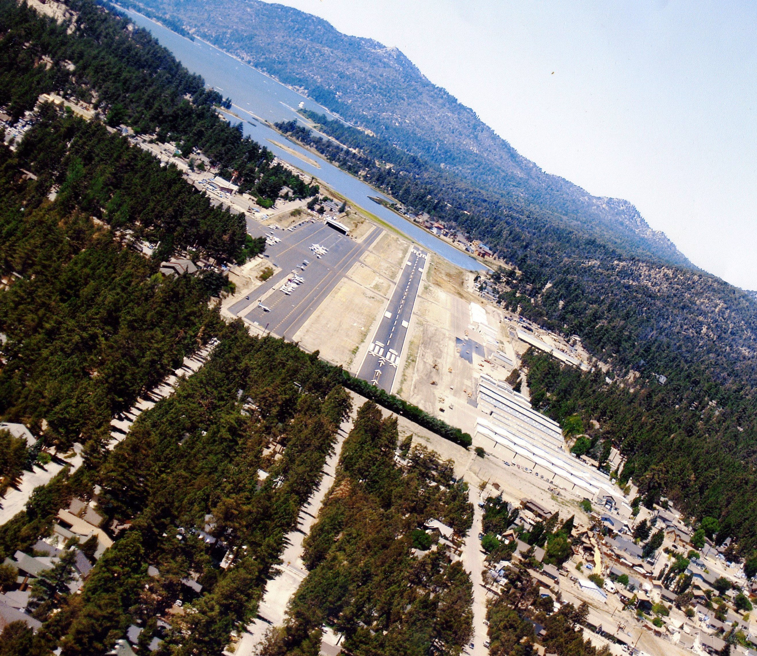 Fun runway big bear ca california lifestyle pinterest for Affitti cabina lago kerr scott