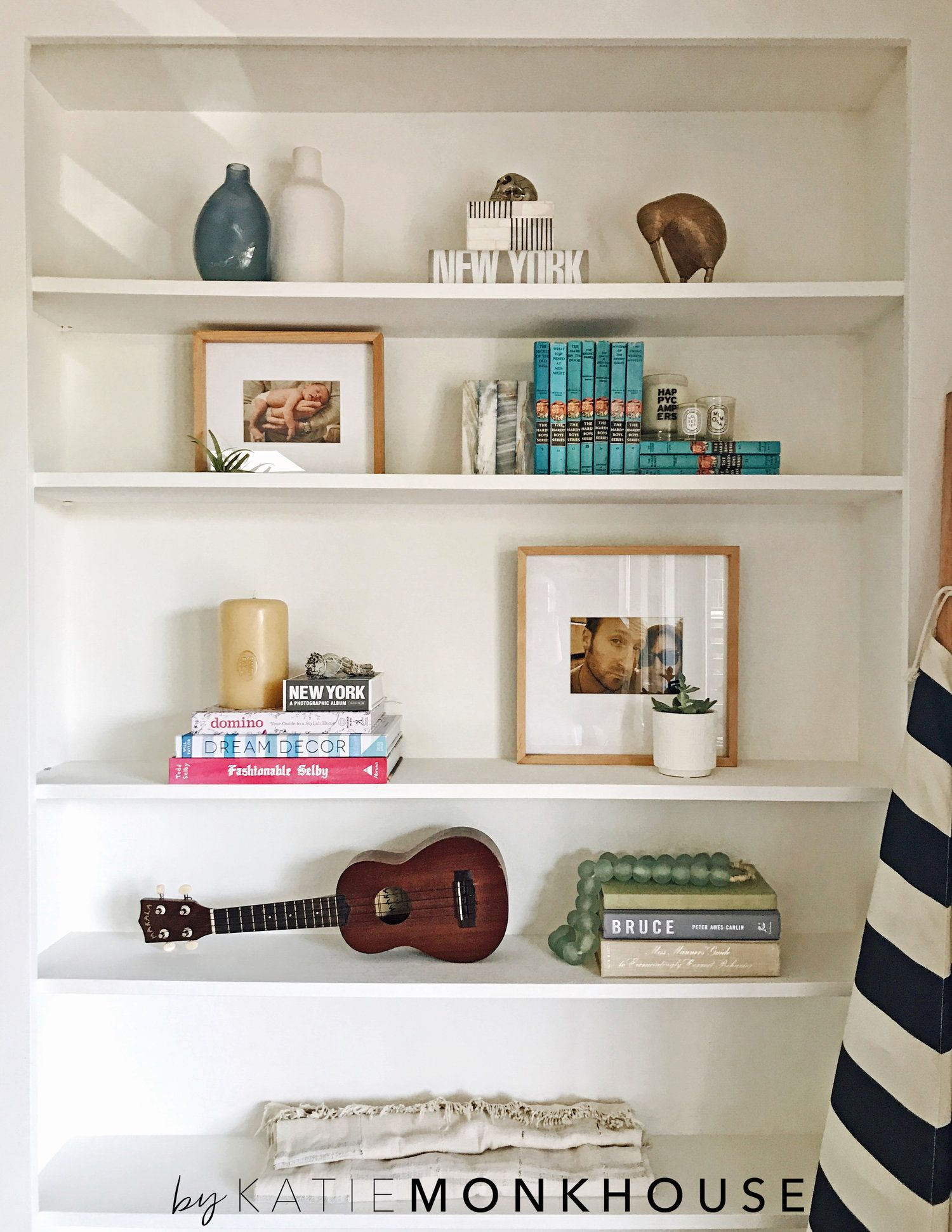 Shelf Styling Tips and Tricks | Living room bookcase, Low shelves ...