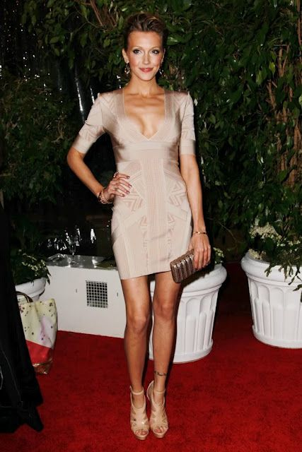 fe06d2c6349d Nude dress by Herve Leger. Worn by Katie Cassidy.