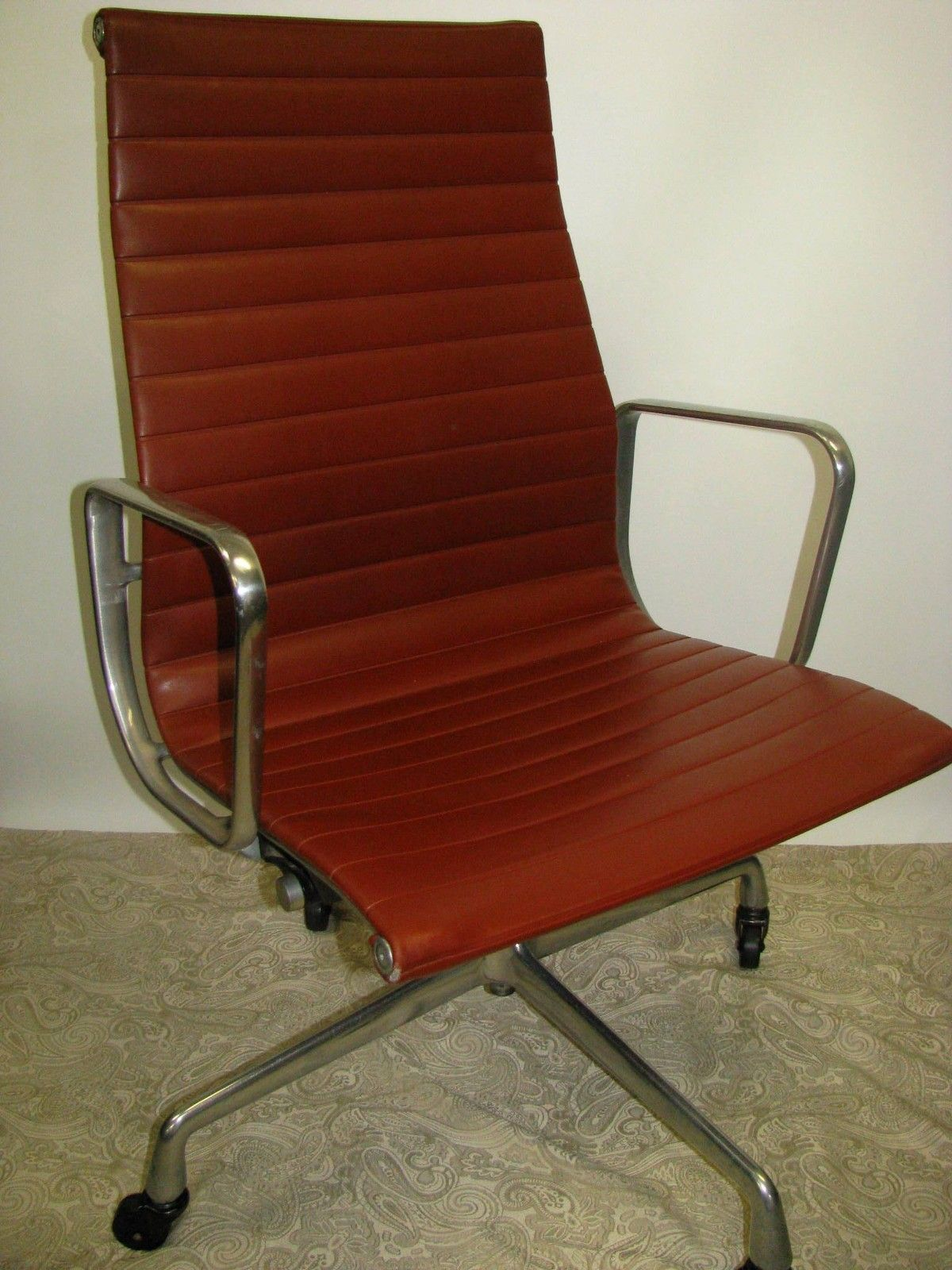 Eames Chair Herman Miller Ebay Vintage Eames Aluminum Group Executive Chair Herman Miller Chairtech