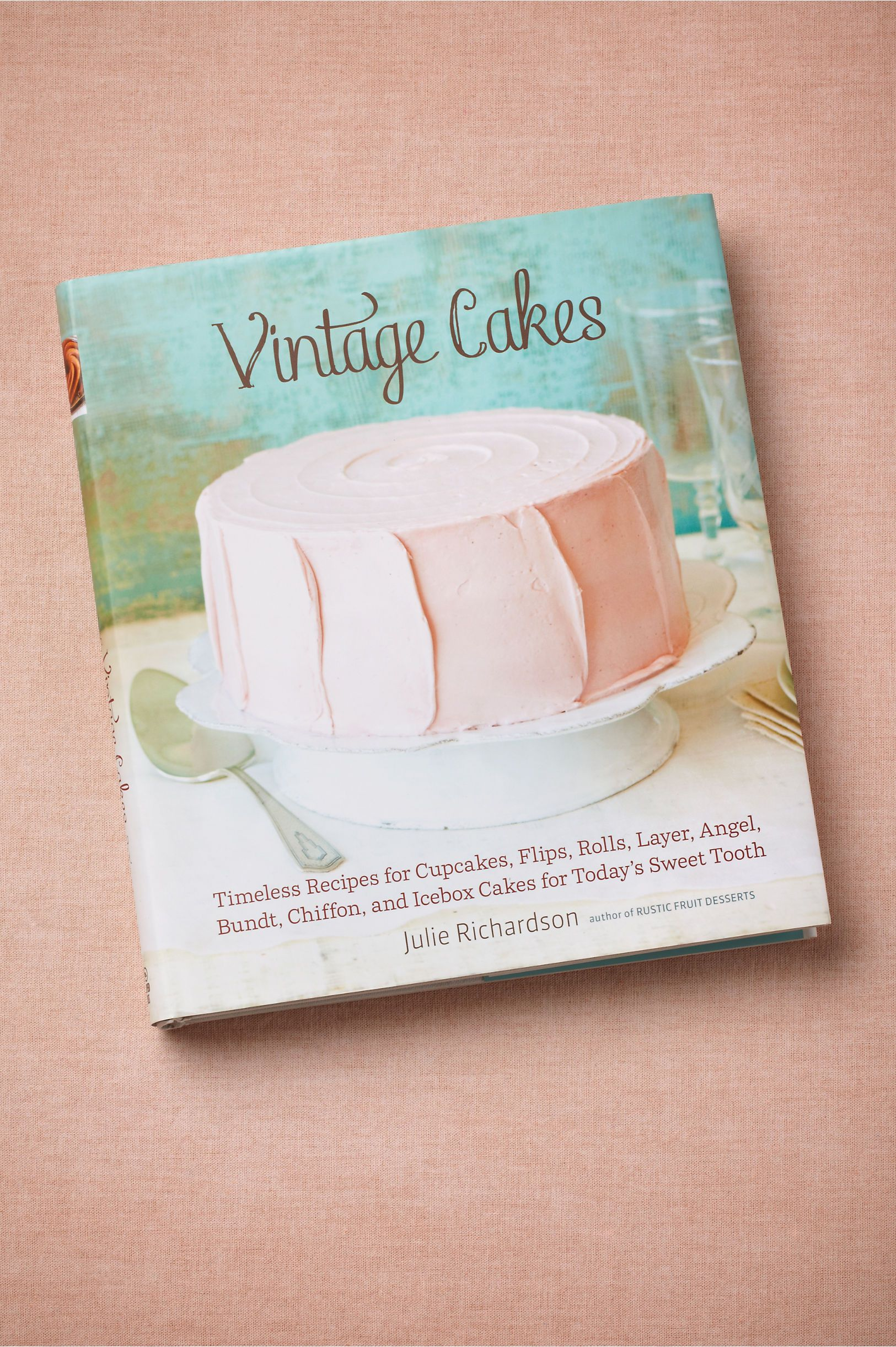 Vintage Cakes in Décor Books at BHLDN
