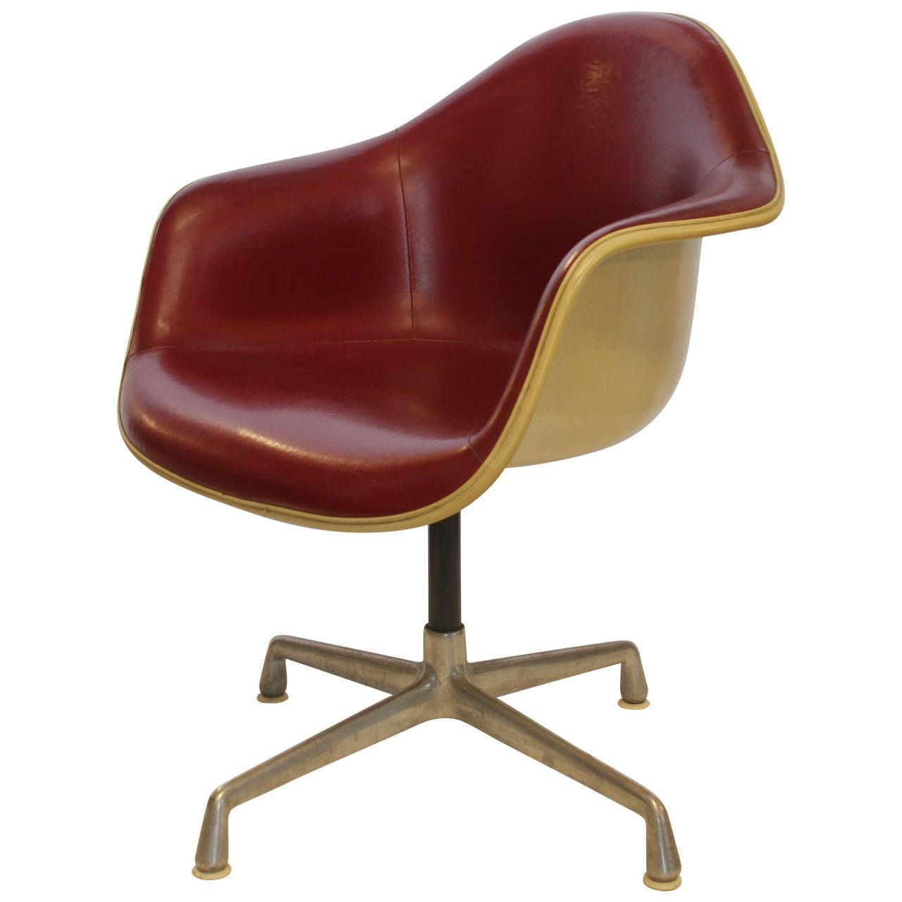 Charles Eames Swivel Bucket Chair For Herman Miller