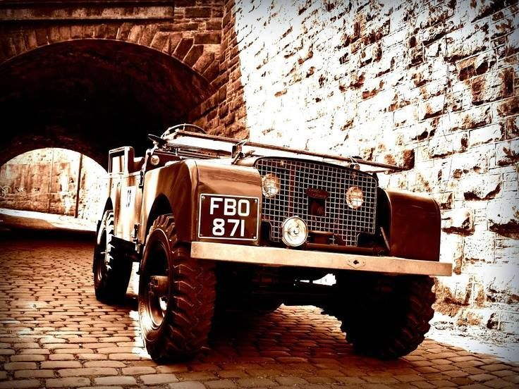 Land Rover Defender Series 4x4 offroad Legend #LandRover #Series #Defender #vintage #posters #LandRoverDefender #adventure #offroad #LandRoverDefenderLegend