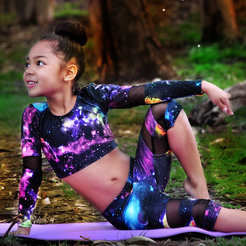 9e7a42a674494d Galaxy leggings. Kids yoga, dance and Gymnastics   ⇨Dancing ...