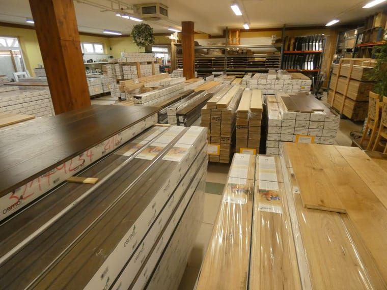 Grosser Sonderverkauf Von Massivholzdielen Der Qualitatsmarke Osmo M Ab 9 90 Eur Massivholzdielen Baumaterialien Und Holz