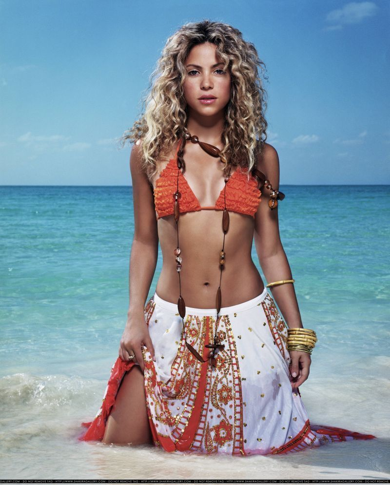 SHAKIRA Hollywood Celebrity Photo Print Poster - MULTIPLE SIZES AA024 | eBay
