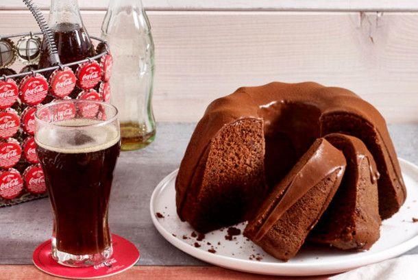 Unser beliebtes Rezept für Cola-Gugelhupf und mehr als 55.000 weitere kostenlose Rezepte auf LECKER.de.