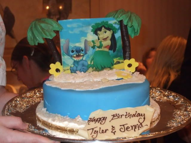 Happy 1st Birthday Lilo Stitch Birthday Cake Google Search Lilo