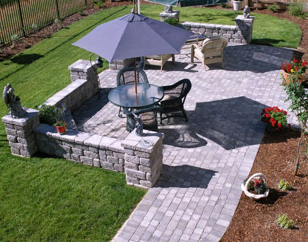 Basalite paver patio paver idea gallery natural stone for Small stone patio ideas