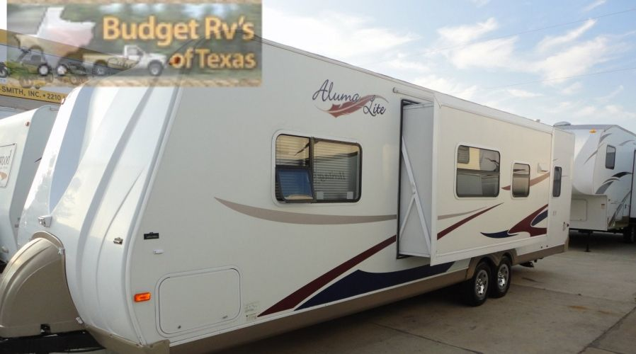 This great half ton tow bumper pull bunk house is perfect