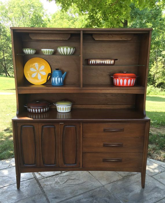 Mid Century Modern Broyhill Emphasis Credenza Buffet Hutch China Cabinet CabinetDining Room