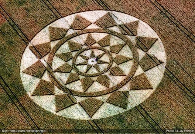 36 Intense Crop Circle Photos