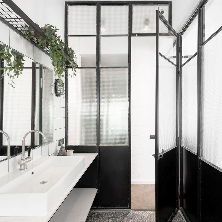 bauhaus apartment / studio raanan stern architect | home (bathroom ... - Muebles Bano Bauhaus