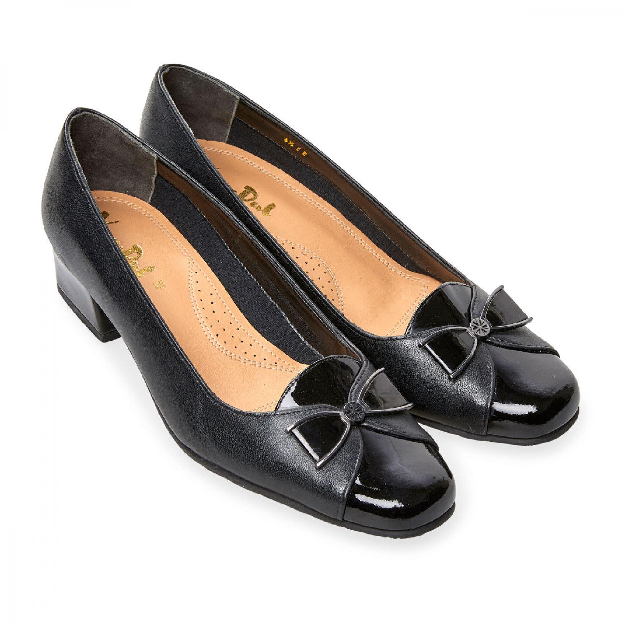 Van dal shoes, Leather heels, Black leather