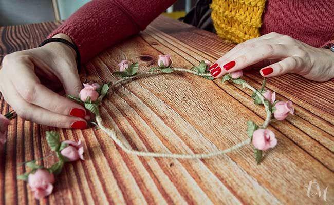 Cmo hacer una corona de flores mis ideas Pinterest Coronas de
