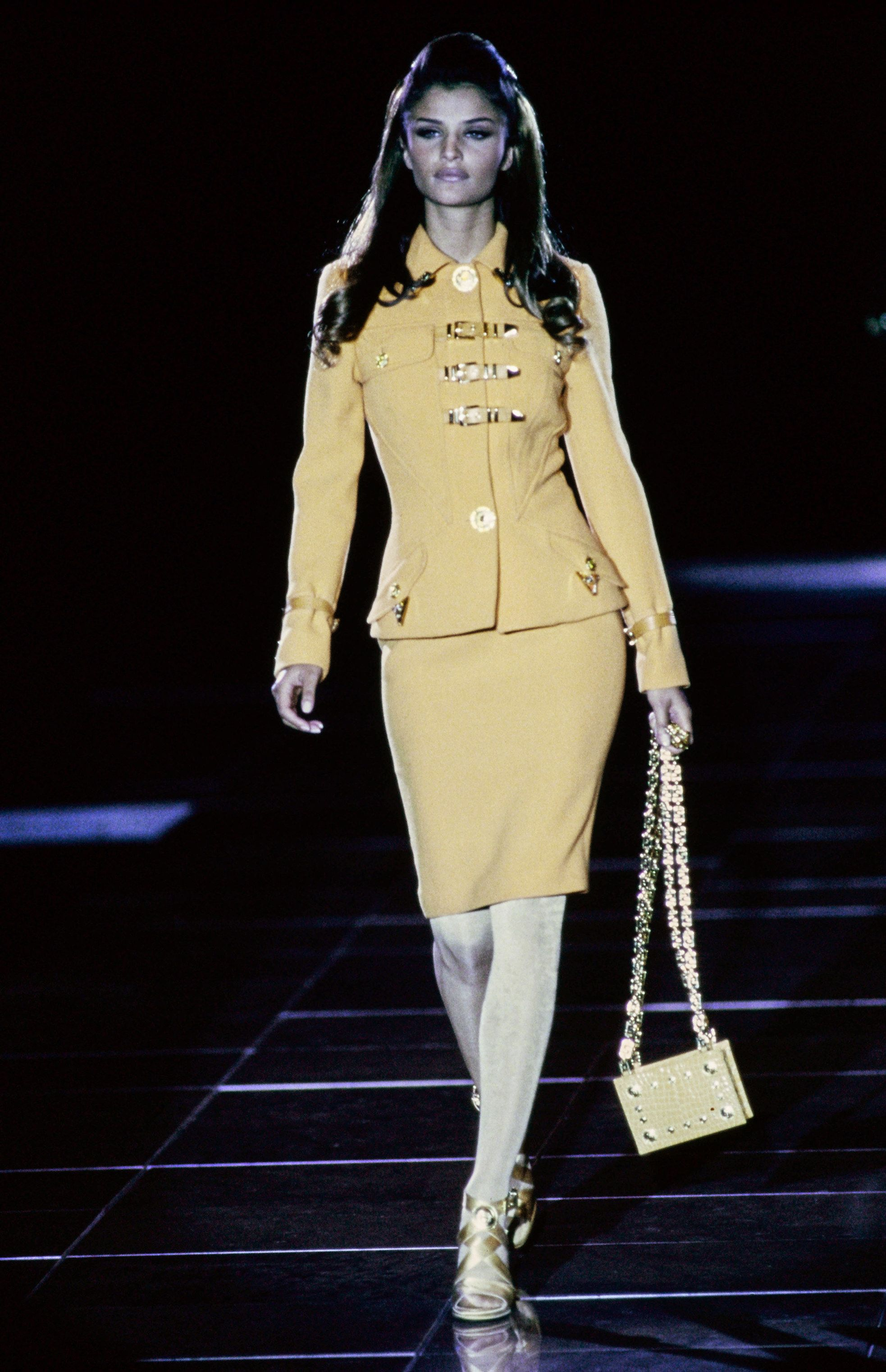 Versace Fall 1992 Ready-to-Wear Collection Photos - Vogue