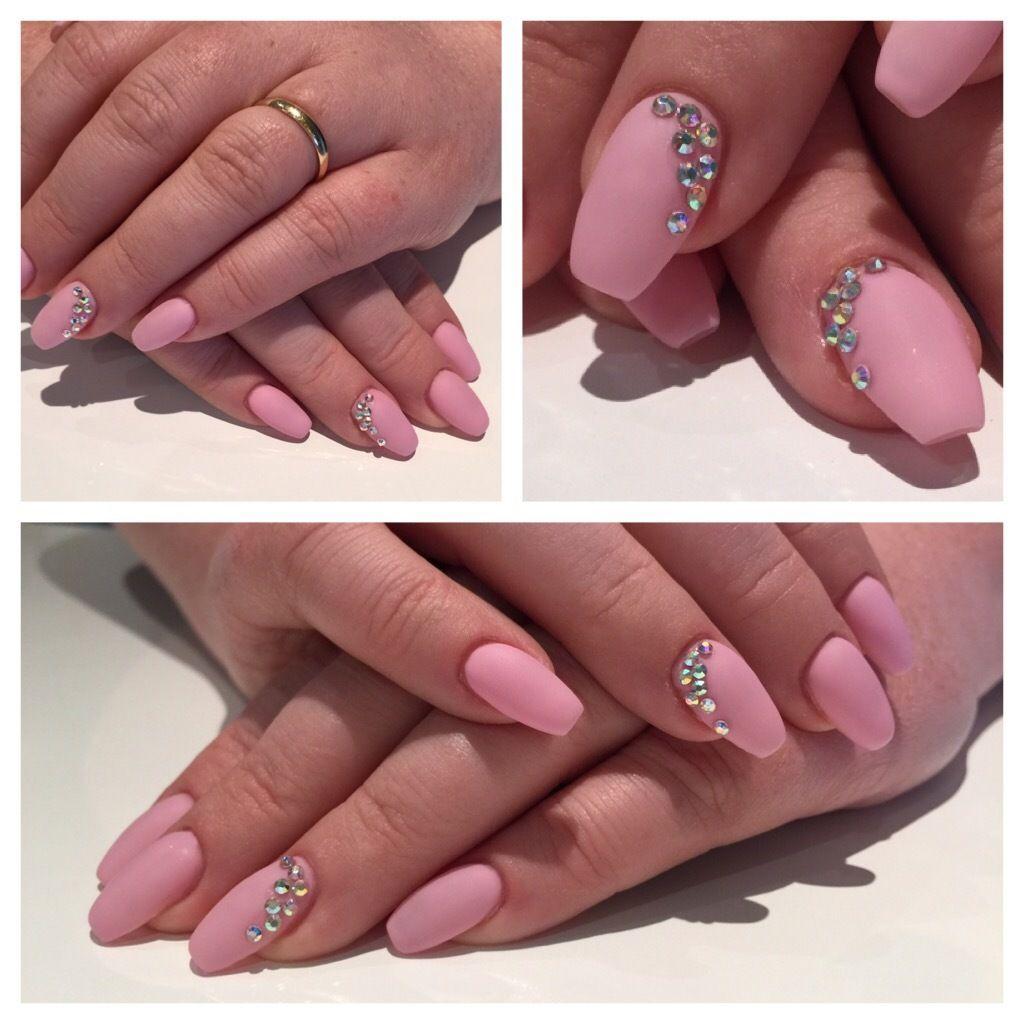 gelnails nails coffinnails ballerina shape lightrose rainbowstones stones matt. Black Bedroom Furniture Sets. Home Design Ideas