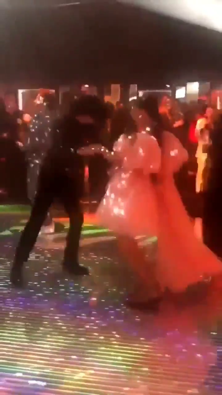 Millie Bobby Brown and Finn Wolfhard were dancing together to great 80s tunes. (Source: Twitter)