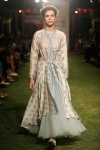 45df1d65e2 anita dongre-summer-resort-2018-collection-lakme-fashion-week (10 ...