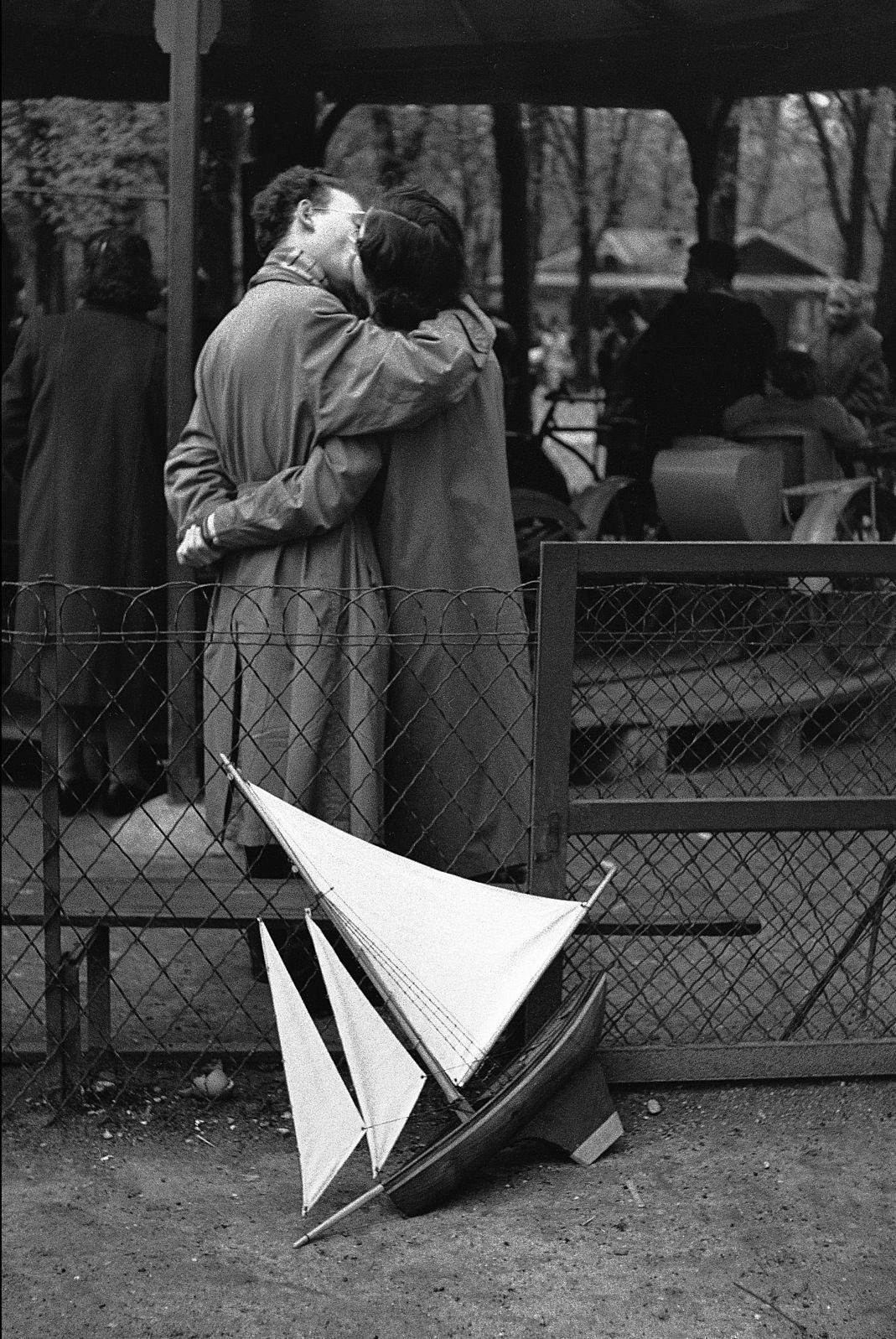 Edouard Boubat | Jardin du luxembourg, Photographie noir et blanc, Photos
