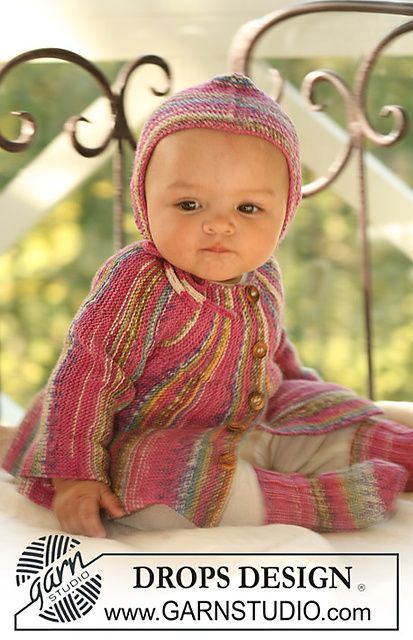 8431ad2ba Baby jacket knitted from side to side. Free pattern on Ravelry ...