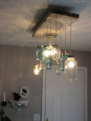 mason jar dining room chandelier lustre fait maison lustre et murs gris. Black Bedroom Furniture Sets. Home Design Ideas