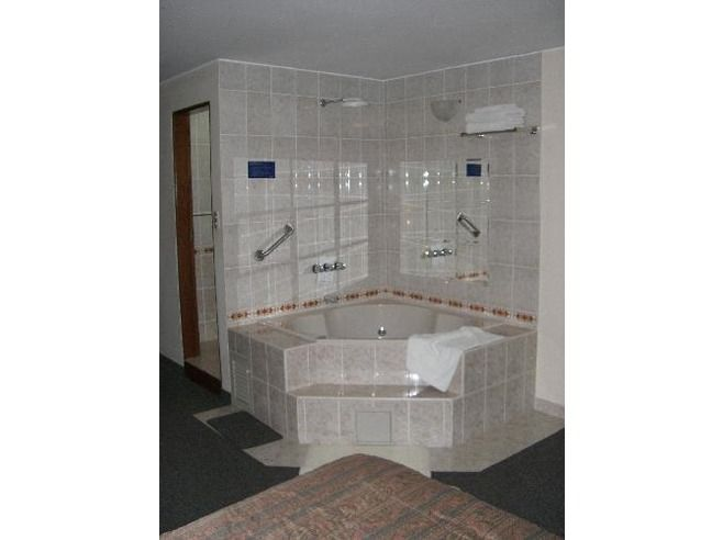 Pic Of Hot Tub Combo Shower In My Hotel Room For The Home - Corner whirlpool tub and shower combo