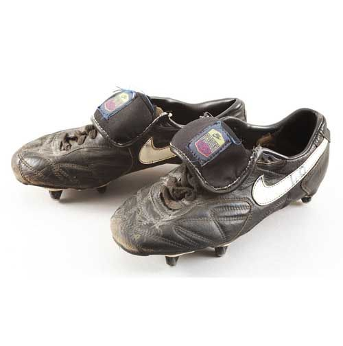reputable site c8a67 0f325 Ian Wright match worn Nike Tiempo Premier boots
