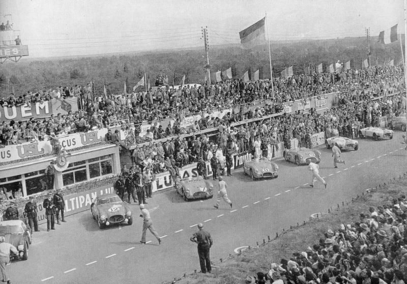 The Nash Healey car at Le Mans, pre start