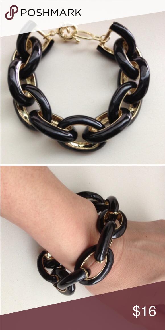 Black Enamel Link Bracelet No trades, price firm. Gold tone. Jewelry Bracelets