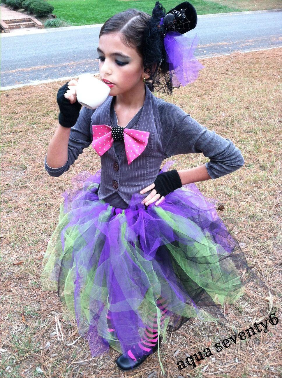 AquaSeventy6: Mad Haute DIY Mad Hatter Costume - fantastic costume ...