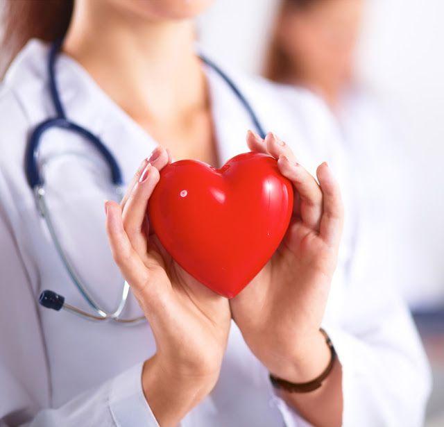 اعراض الجلطة القلبية لدى النساء أعراض يجهلها 77 من الناس Heart Symptoms Unhealthy Swollen Legs