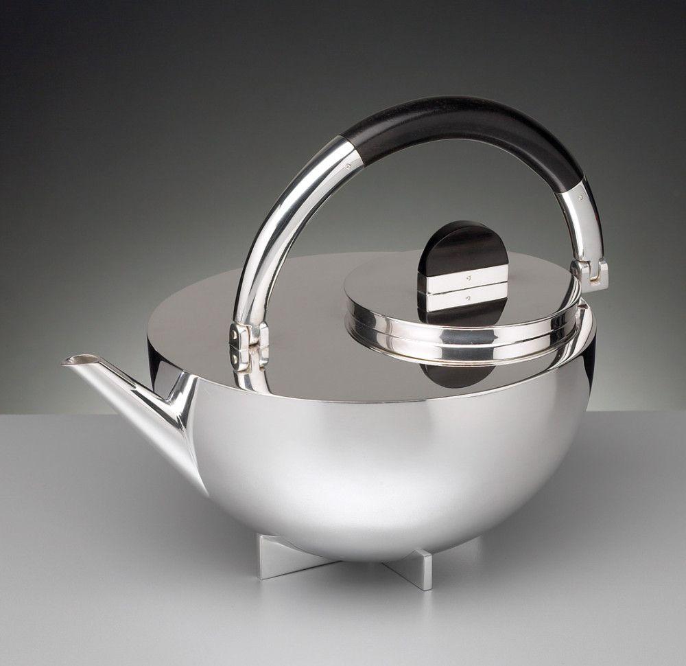 Clara Stil Teekanne MBTK 24. Marianne Brandt Design