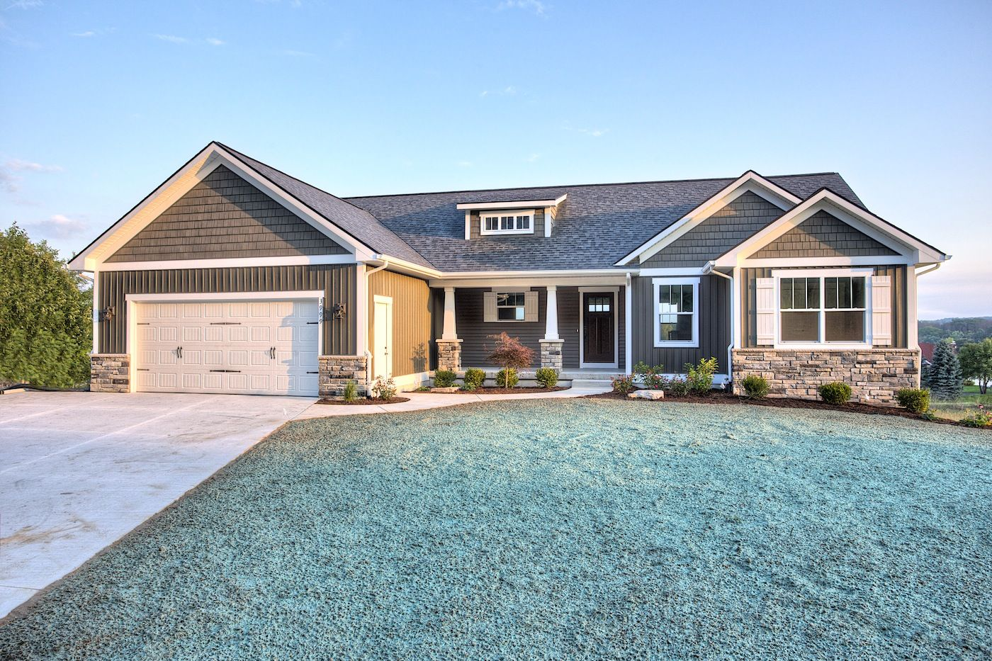 December 2015 page 65 styles of homes with pictures for Single story craftsman homes