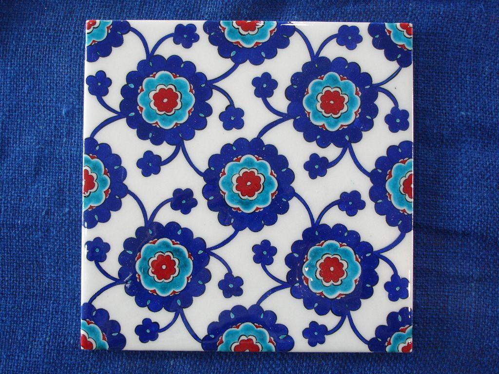 Turkish tile pattern iznik tile art blue and red for Ceramic patterns designs