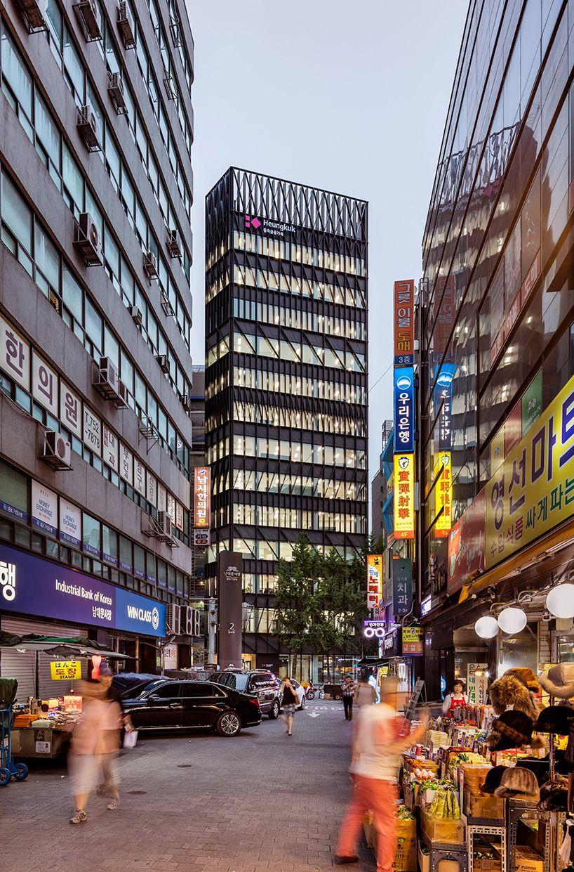 Mecanoo Completes 14 Floor Namdeamun Office Building In Seoul Office Building Architecture Building Beautiful Architecture