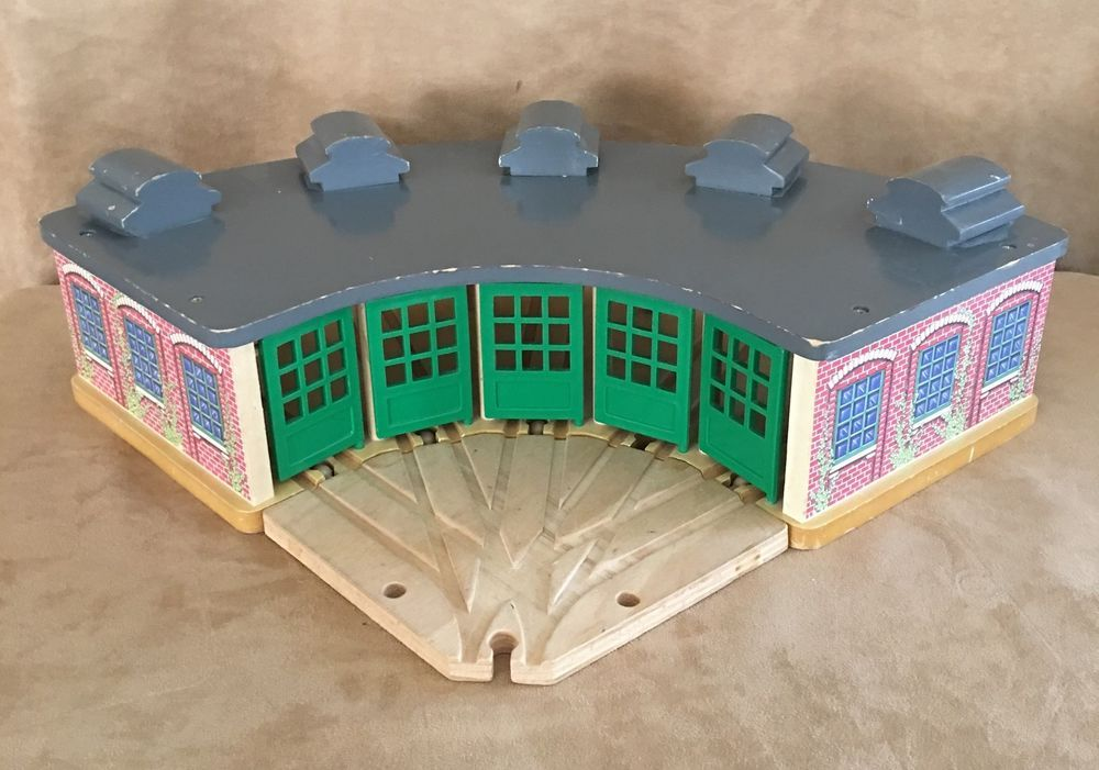Thomas Wooden Roundhouse Learning Curve train vintage wood adapter track wood  #LearningCurve