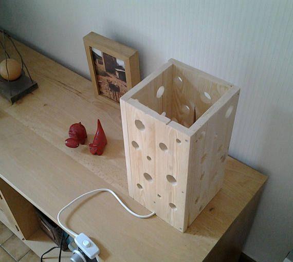 lampe en bois de palette pinterest. Black Bedroom Furniture Sets. Home Design Ideas