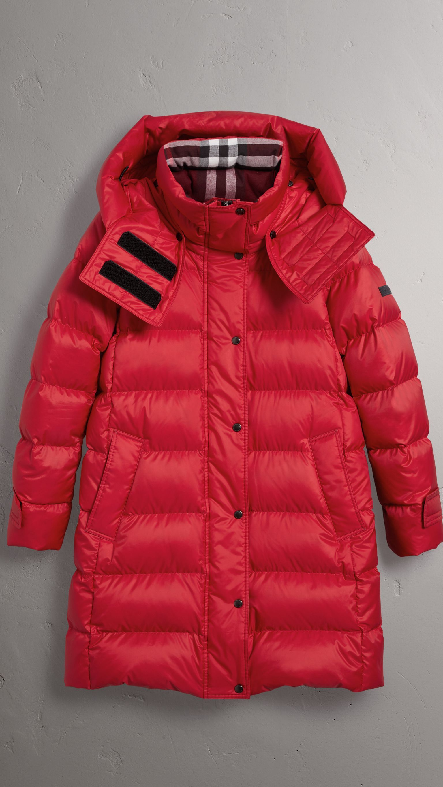 Down Filled Puffer Coat With Detachable Hood In Parade Red Women Burberry United States Winter Outerwear Mens Jackets Winter Jacket Men [ 2730 x 1536 Pixel ]